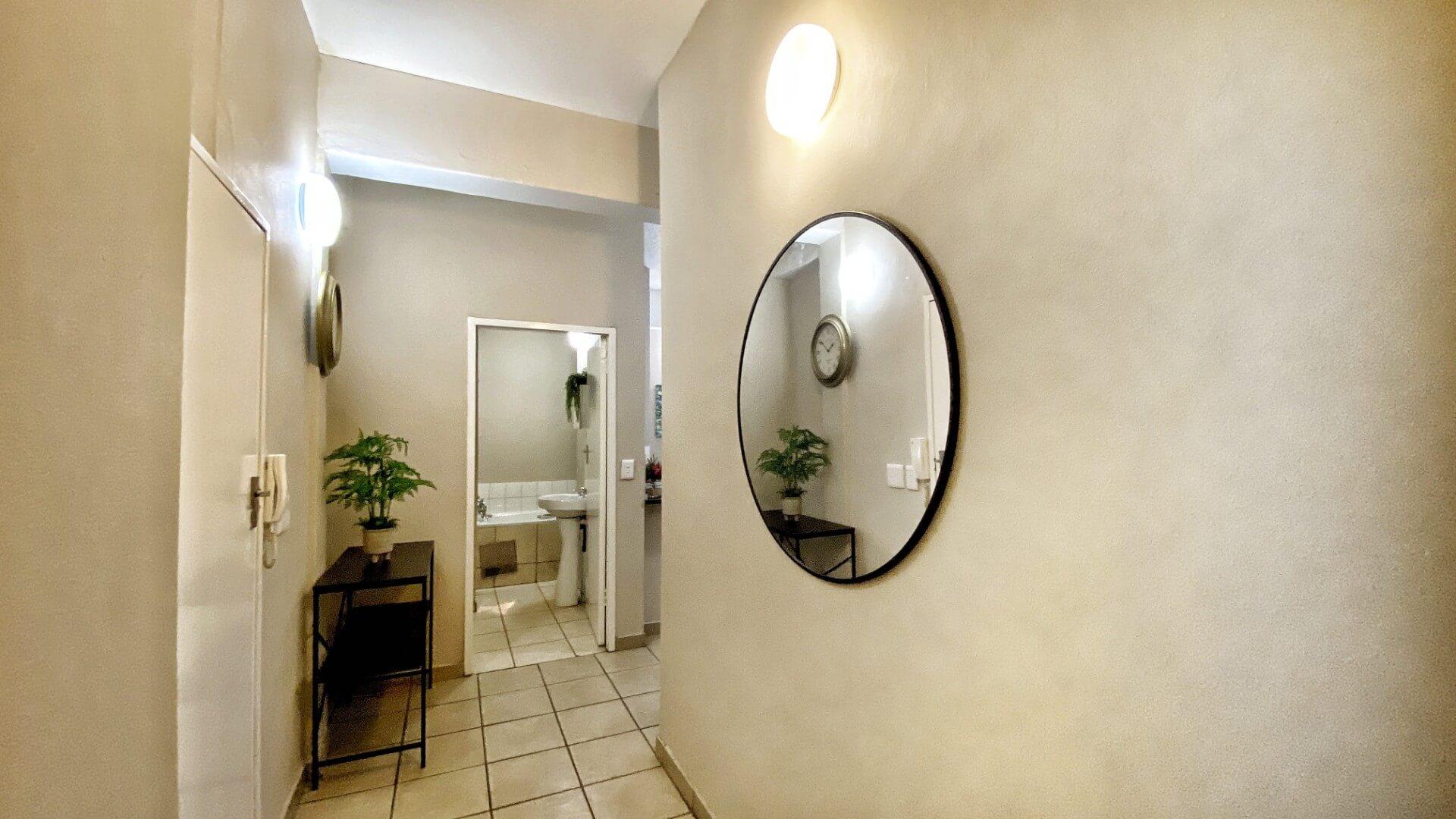 property-7995379-45490435_o